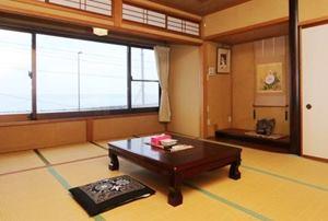 雨晴海岸 海辺の旅館 女岩荘 客室