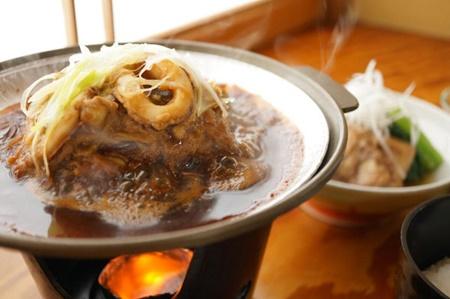 朝食もおいしい イカのみそ焼き 民宿ならではの大満足な料理