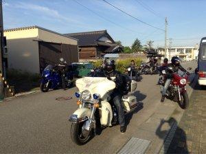 海辺の民宿 女岩荘があなたの愛車を車庫保管 バイクツーリングに最適